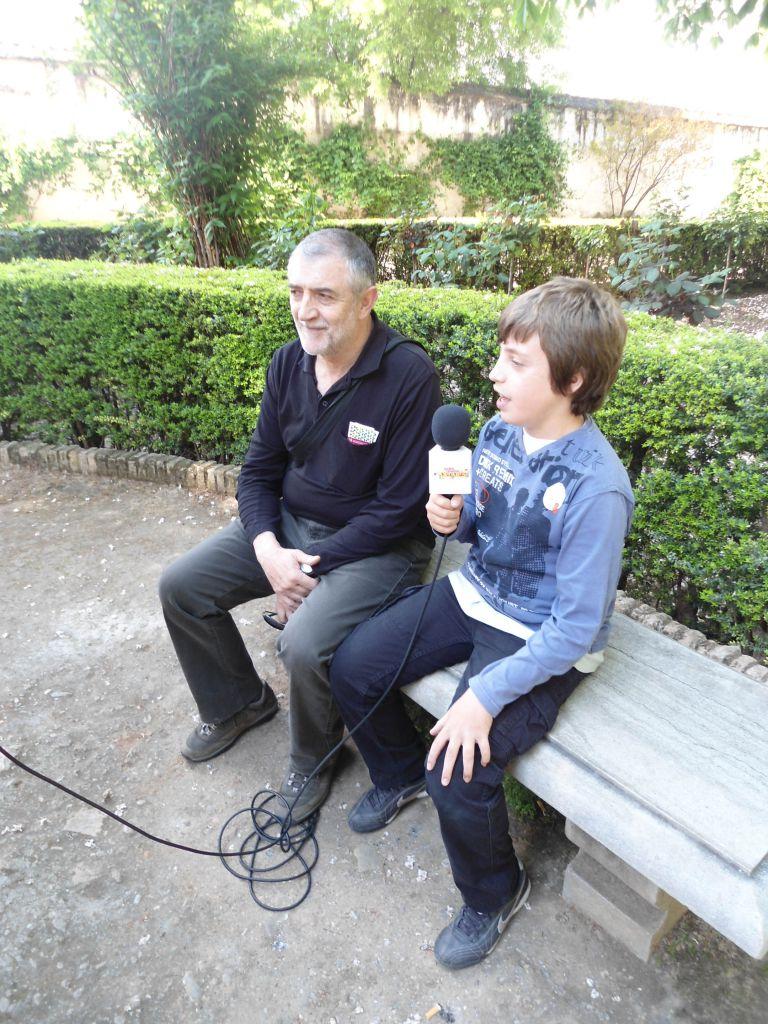 Andrés entrevista a Pedro (su padre).