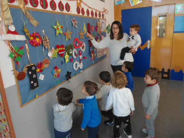 Iniciamos la decoraci n navide a en el aula blog de for Decoracion navidena infantil
